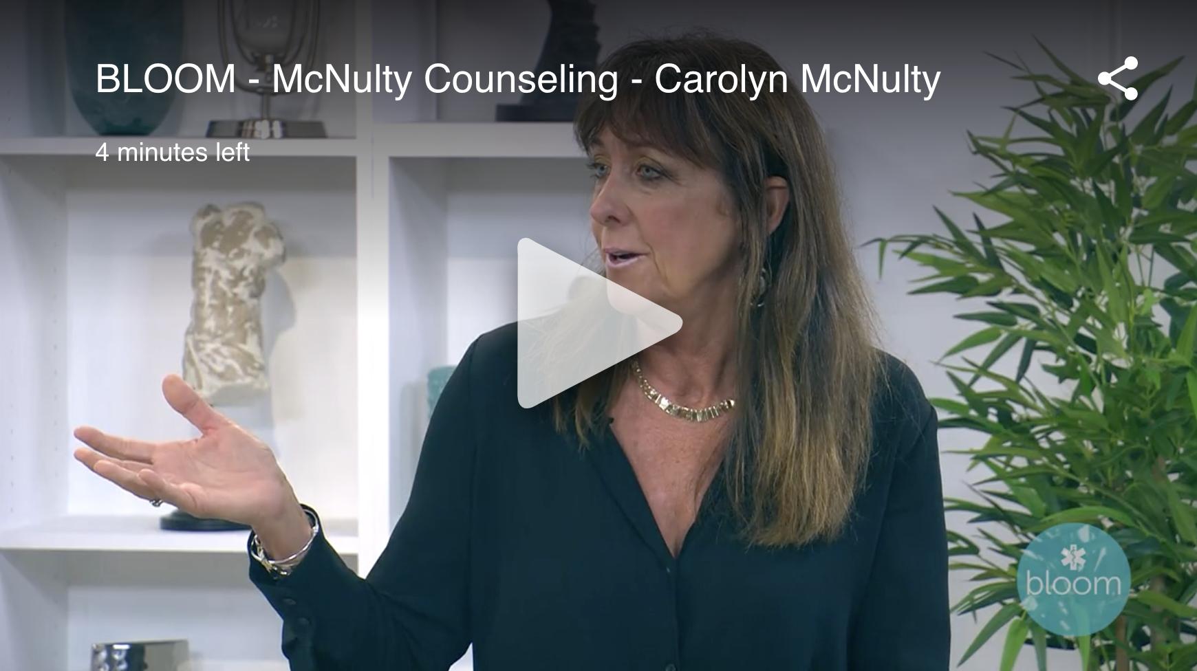 carolyn mcnully